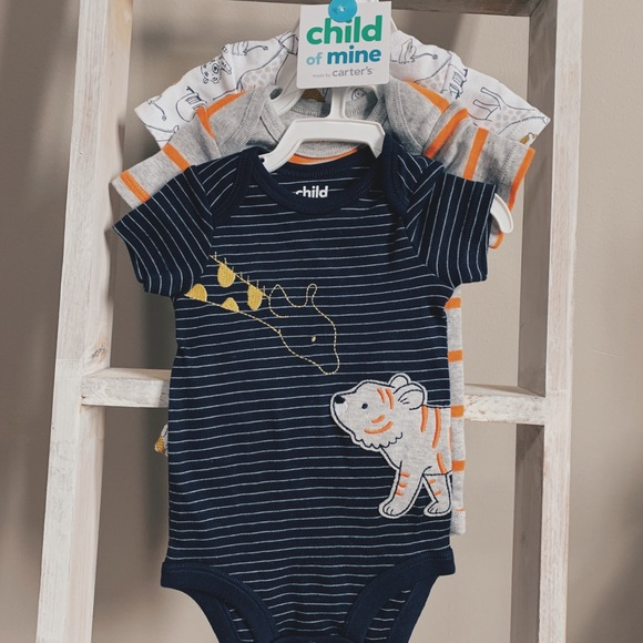Brand New 3-pack Baby Bodysuit 0-3 Month